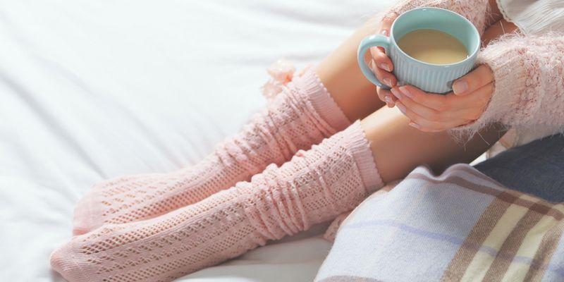Почему мерзнут ноги и как лечить это народными способами